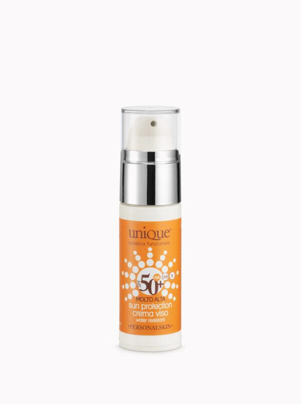 crema solare viso protezione 50+ molto alta pelle chiara water resistant UVA UVB IR