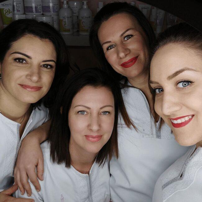 estetiste skin care specialist team